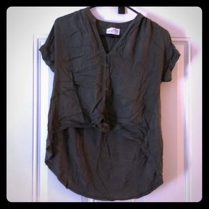Olive top with knot cropped top w/long back